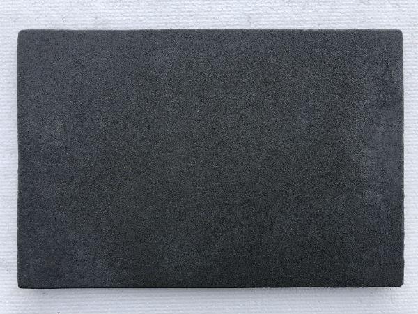 черный искусственный камень