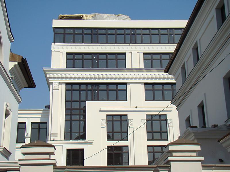 Административное здание в Подсосенском переулке