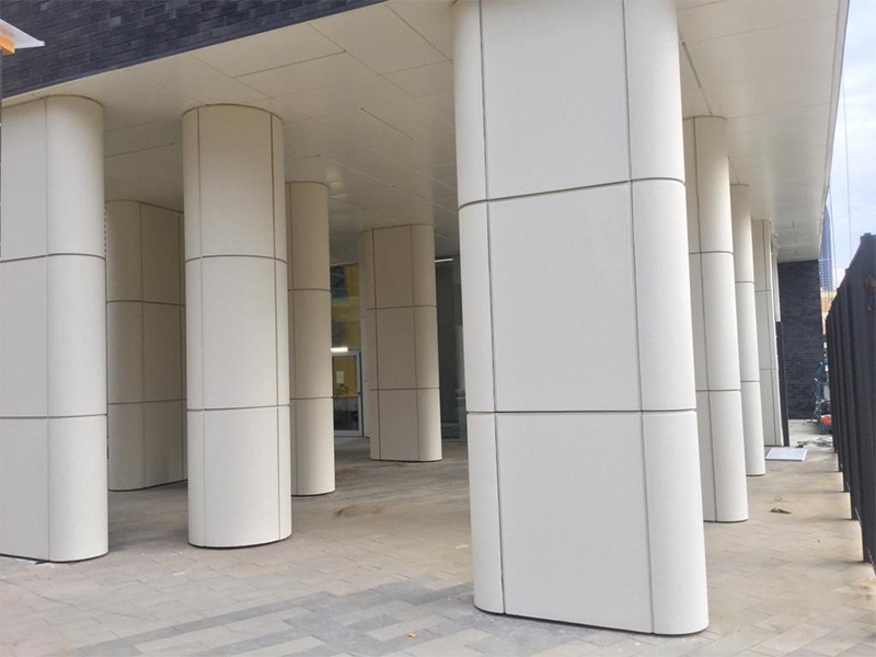 Элементы облицовки фасада из архитектурного бетона